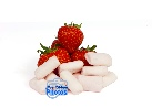 Product photo of strawberries with vegan strawberry mini marshmallows